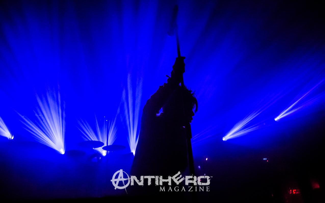 GaryNuman-Antihero-008