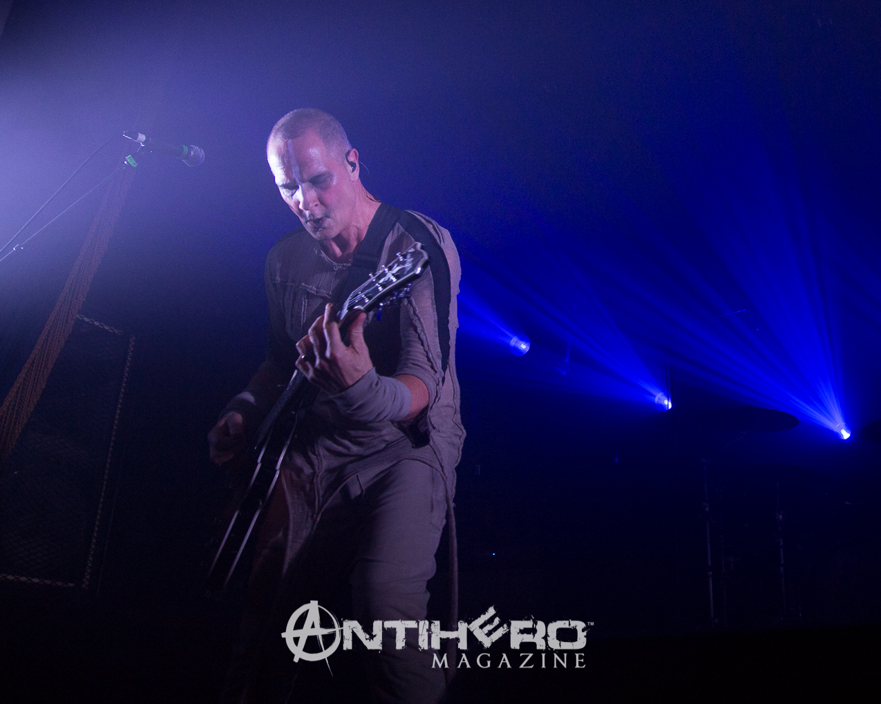 GaryNuman-Antihero-013