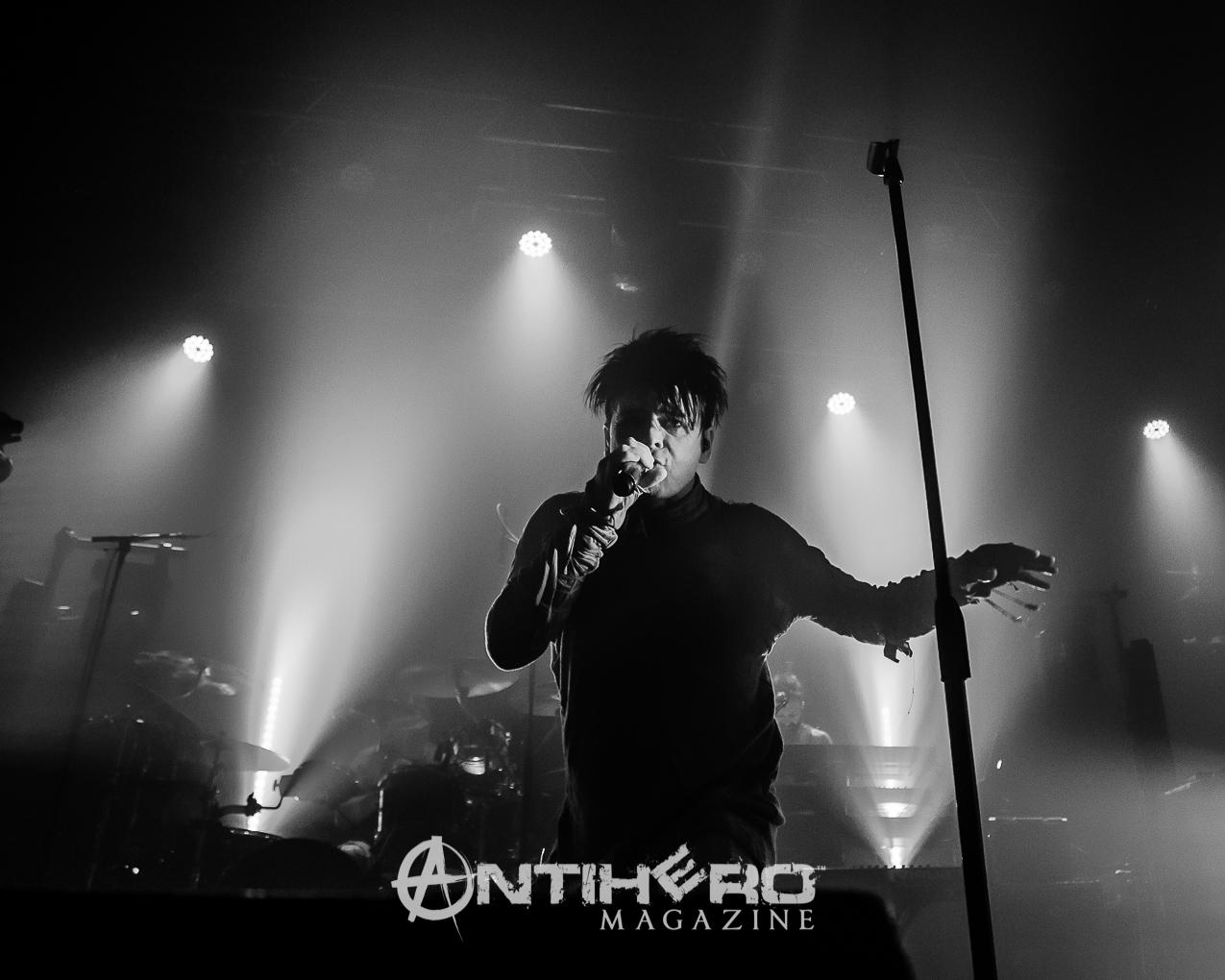 GaryNuman-Antihero-031