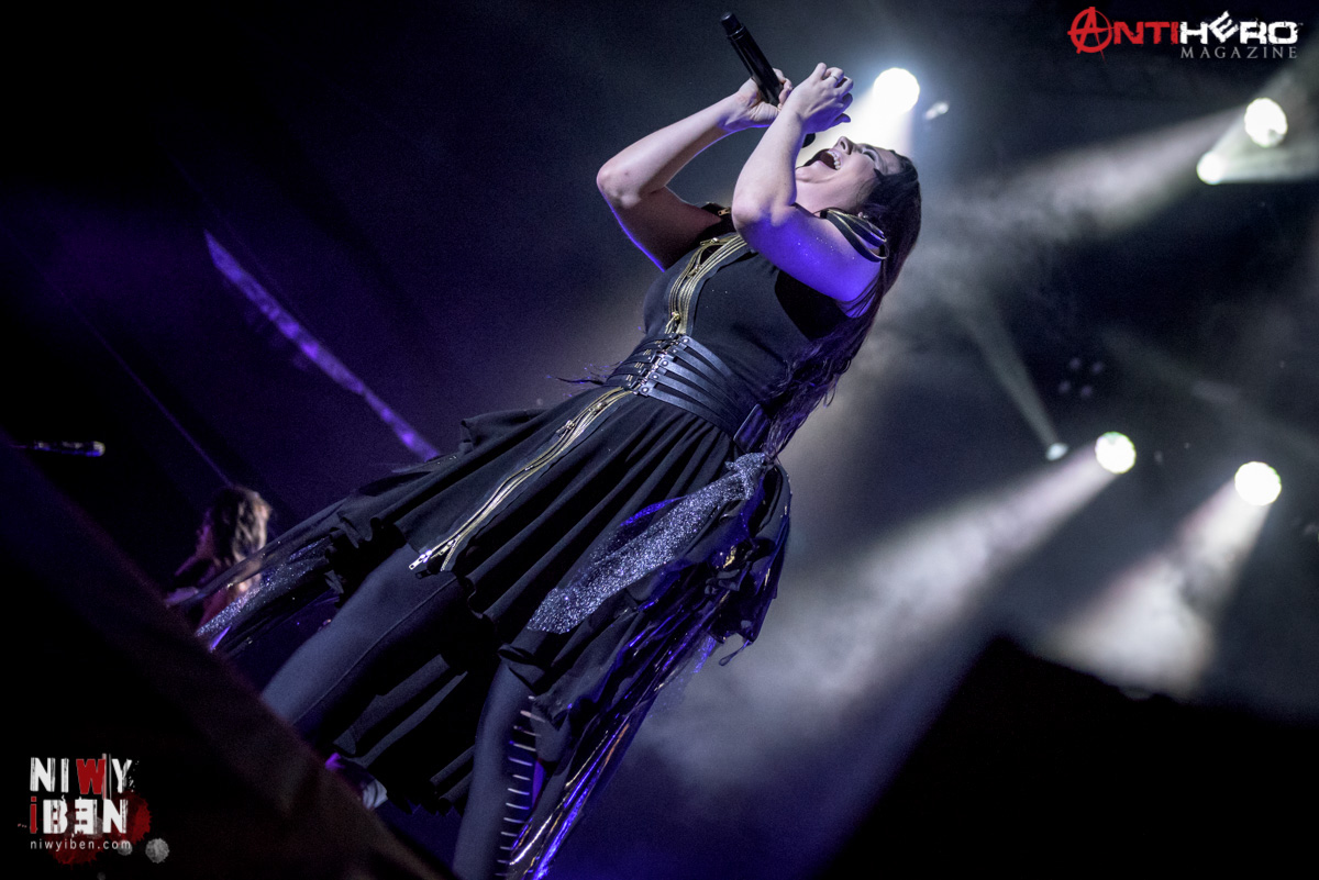 evanescence mag articles