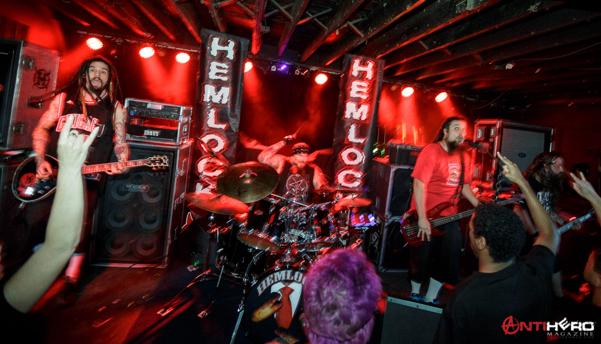 Concert Review Devildriver At The Riot Room In Kansas