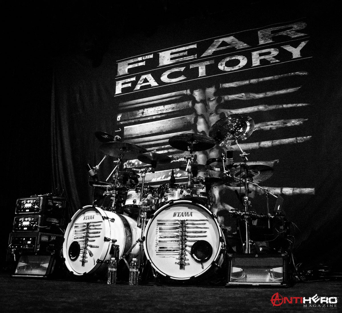 concert photos fear factory at slim 39 s in san francisco antihero magazine. Black Bedroom Furniture Sets. Home Design Ideas