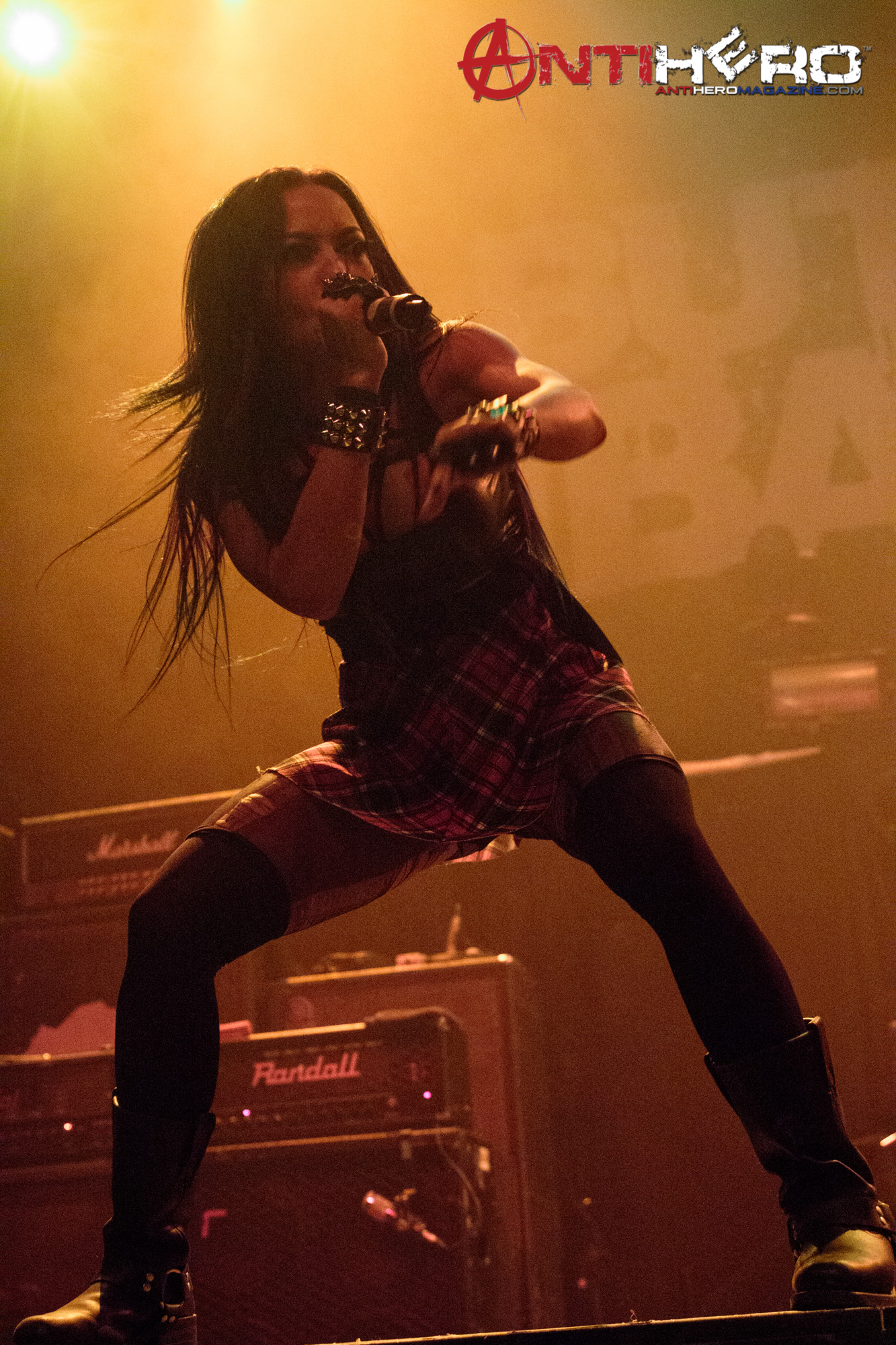 Butcher Babies - Carla Harvey