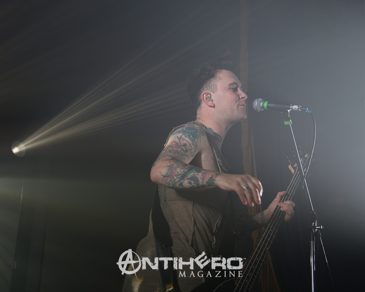 Concert review and photos gary numan at the opera house in toronto garynuman antihero 017 m4hsunfo