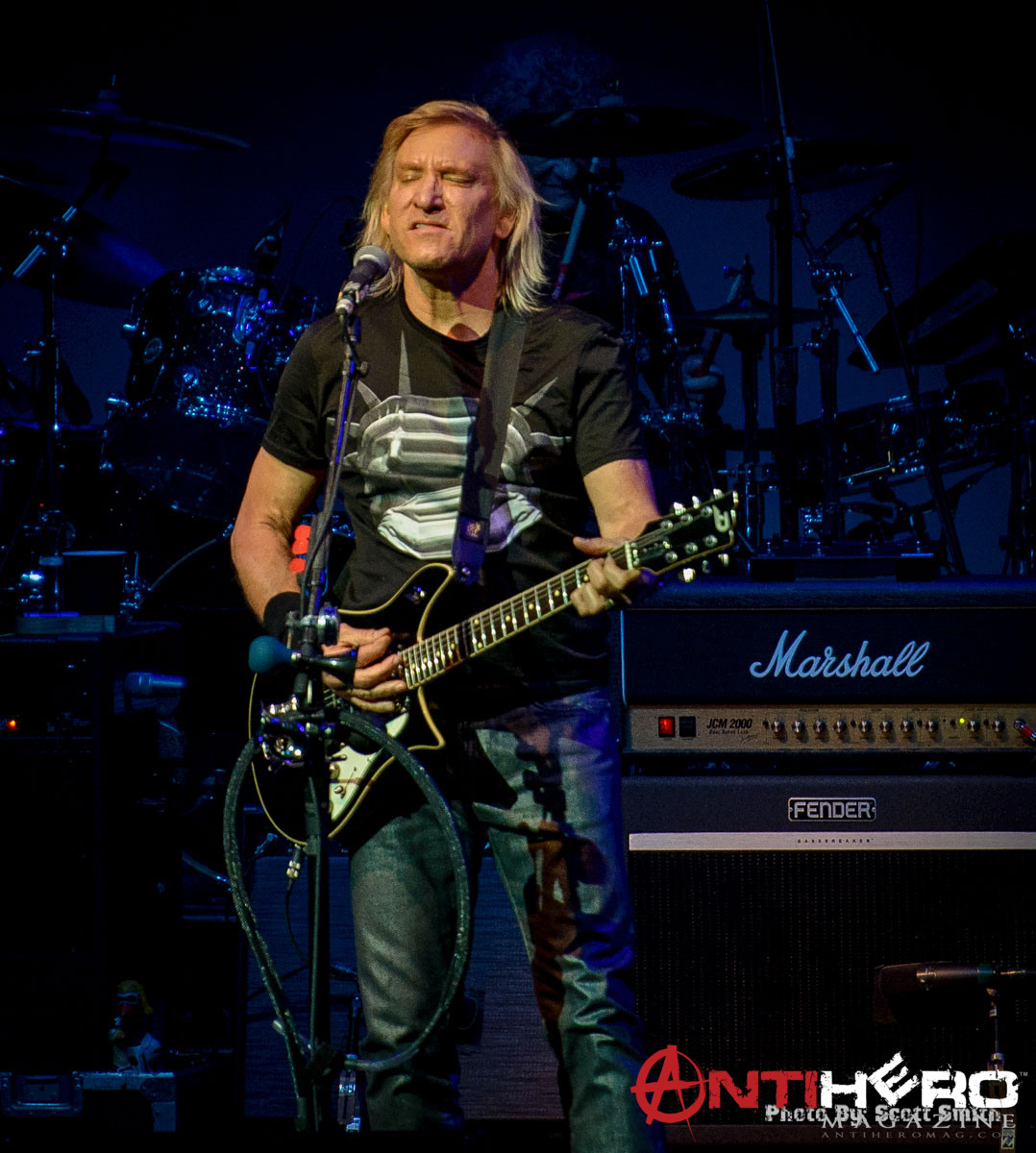 Concert Photos: JOE WALSH At American Music Theatre In